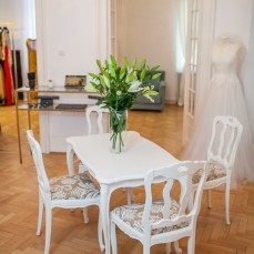 Retapitare scaune Photoliu Rhea Costa Showroom